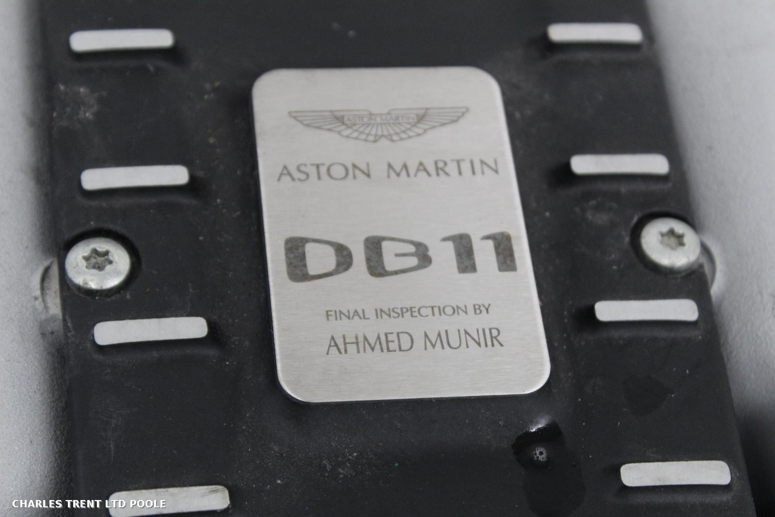 2017 - ASTON MARTIN - DB11 - ENGINES