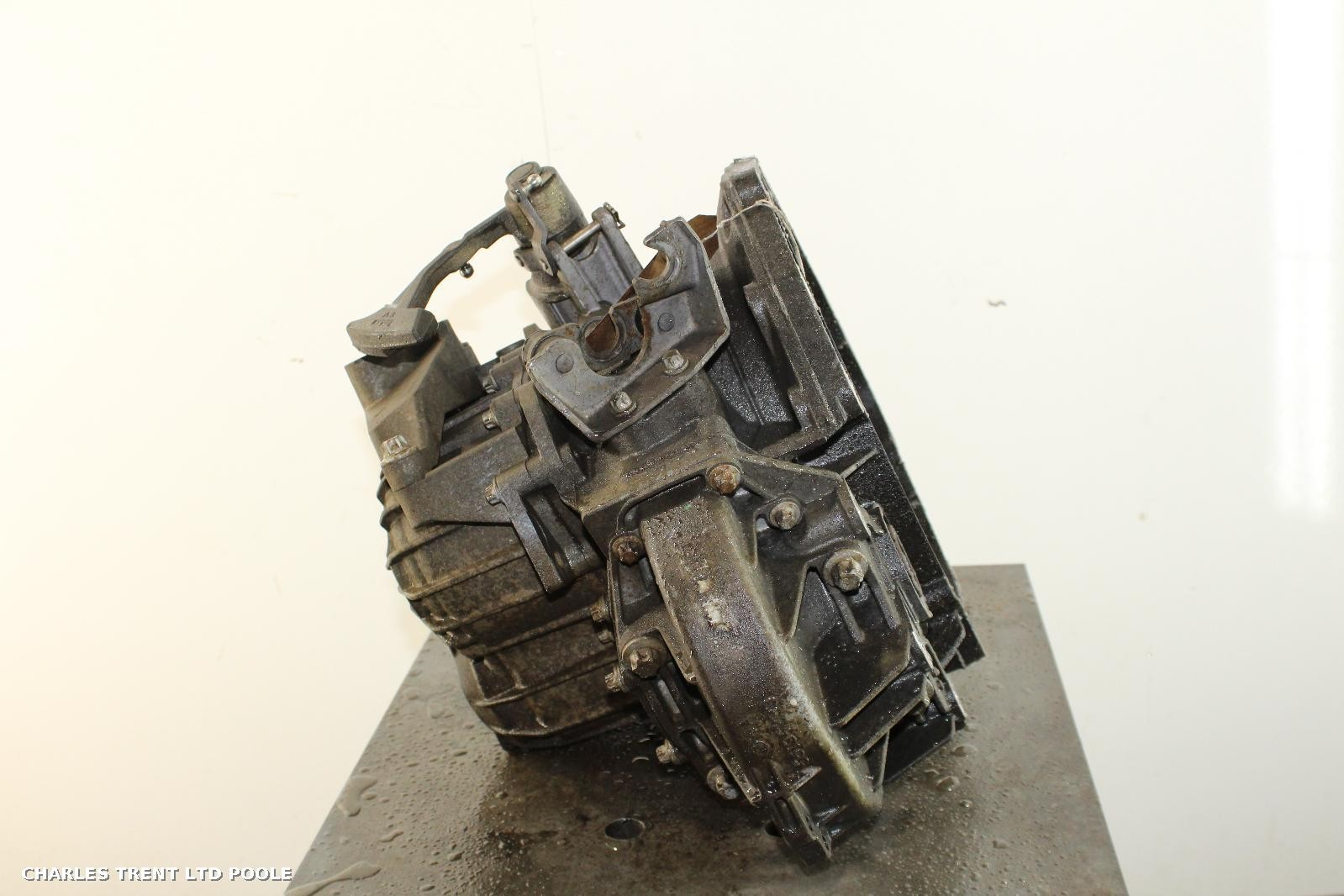 2007 - VAUXHALL - VECTRA - GEARBOXES / TRANSMISSIONS
