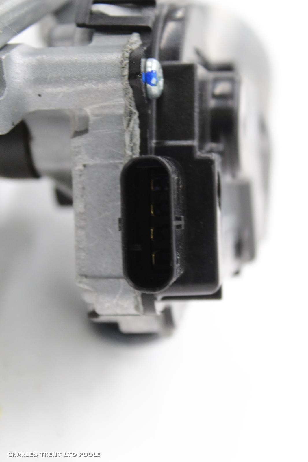 2018 - BMW - X6 - WIPER MOTORS (FRONT)