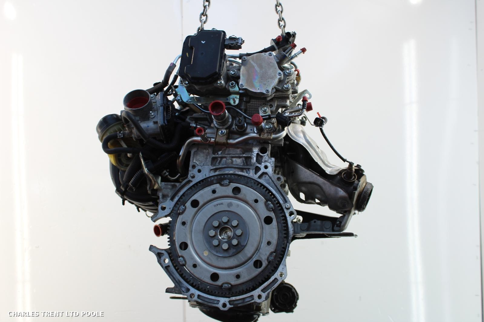 2013 - TOYOTA - AVENSIS - ENGINES