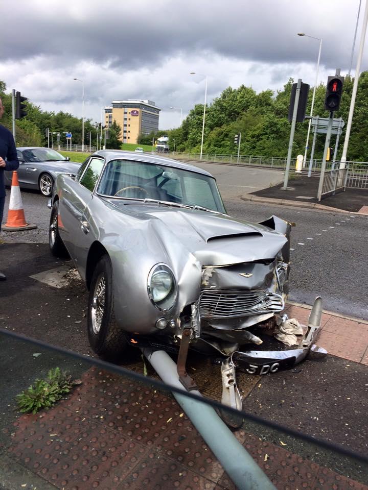 Aston Martin DB5 Wrecked