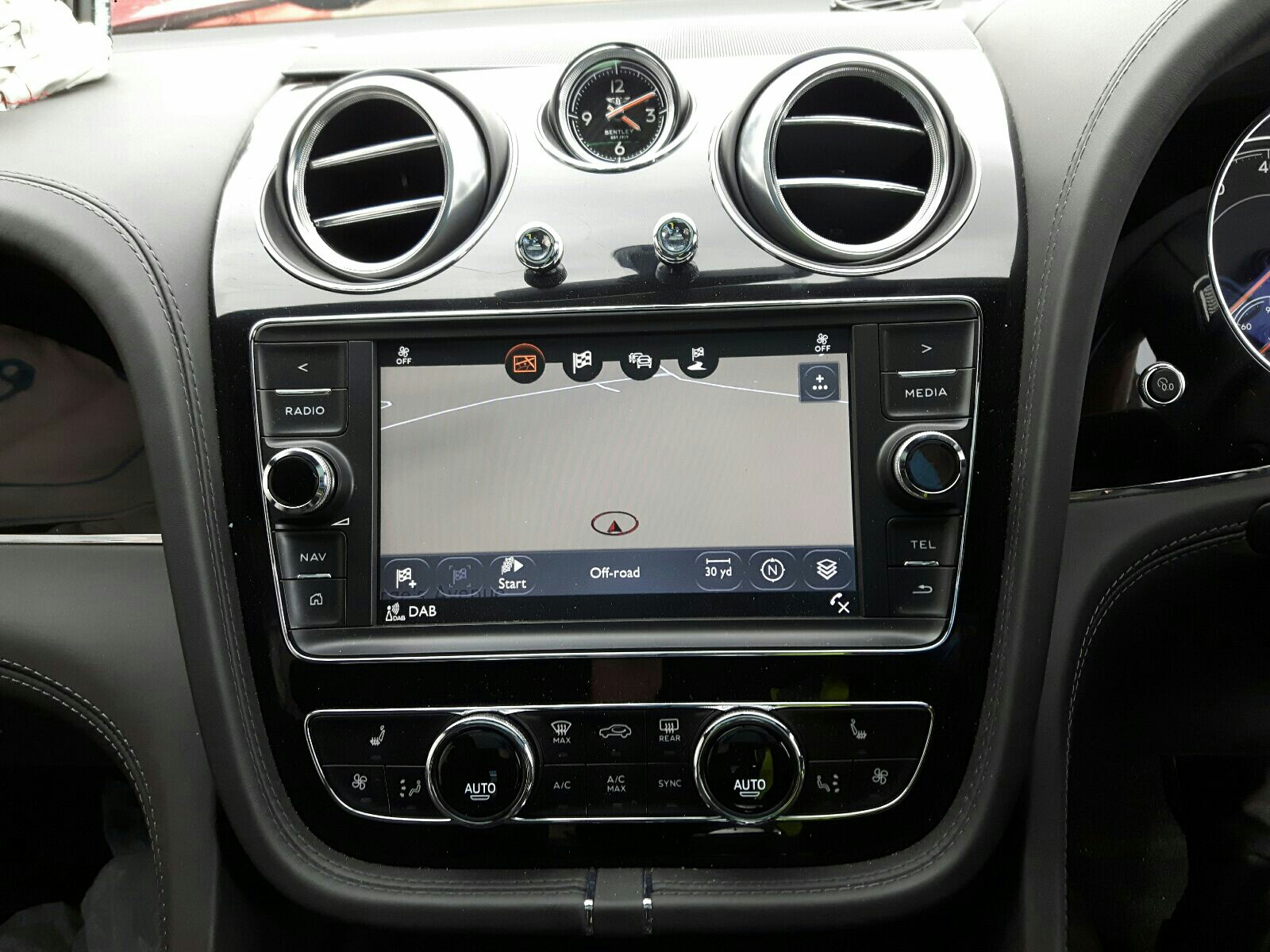 Bentley Bentayga W12 Auto - Dash