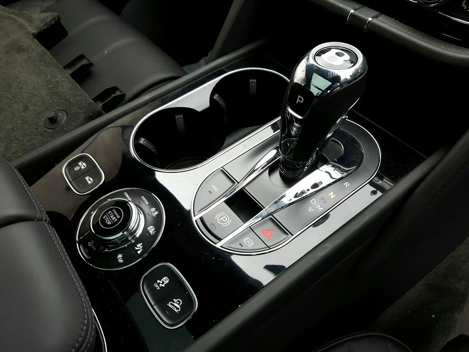 Bentley Bentayga W12 Auto - Gear Stick