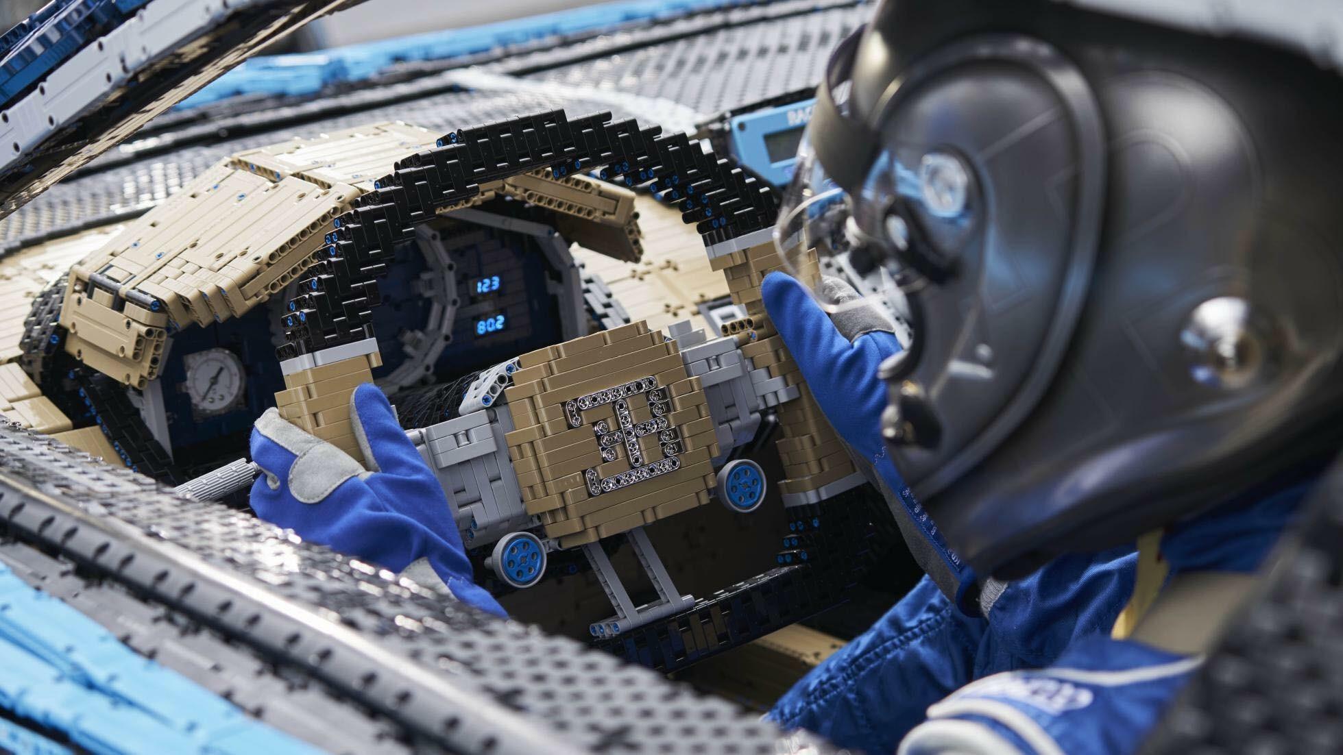 Bugatti Chiron Lego Technic Interior