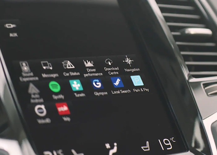 Volvo Android Automotive OS